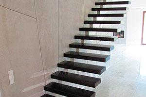 Лестницы на косоурах серии BL